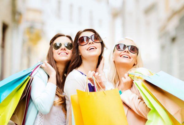 การเดินช้อปปิ้ง ช่วยสร้างความสุขได้จริงไหม ?? หรือแค่ฟุ่มเฟือยไปโดยเปล่าประโยชน์