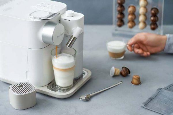 เครื่องชงกาแฟ สำหรับคอกาแฟที่ควรมีติดบ้านไว้ ไม่ตกเทรนด์อย่างแน่นอน