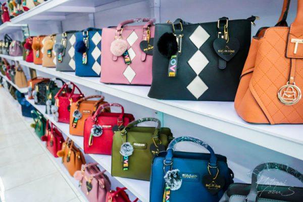 เรามาเลือกซื้อ กระเป๋าแนวแฟชั่น สักใบไว้ถือแบบสวยๆกันเถอะ!!