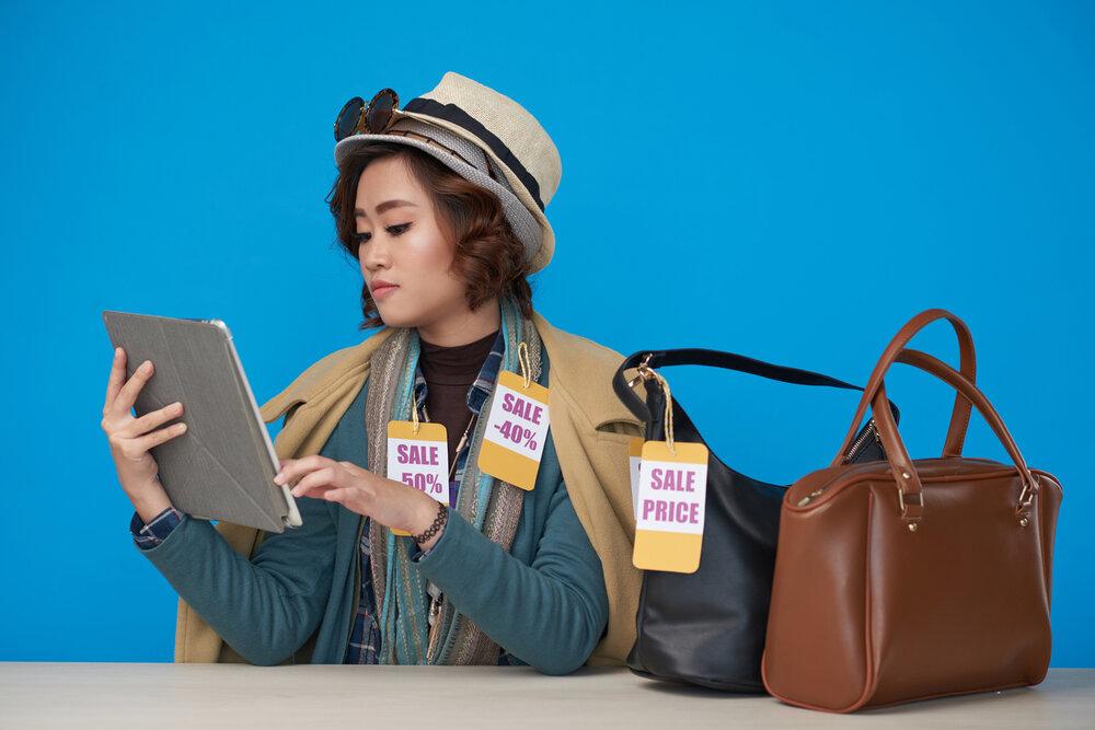 การซื้อกระเป๋าจากร้านค้าออนไลน์ อย่างไรให้ตรงปก