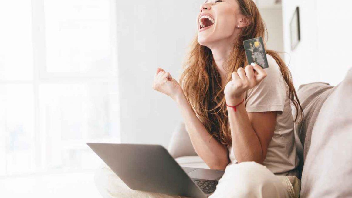 ข้อดี การช้อปปิ้งออนไลน์ด้วยบัตรเครดิต